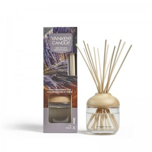 Flameless fragrance Reed Diffuser Dried Lavender & Oak