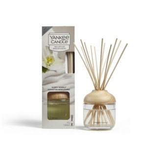 Flameless fragrance Reed Diffuser Fluffy Towels